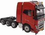 VOLVO FH16 Globetrotter 8x4, rouge